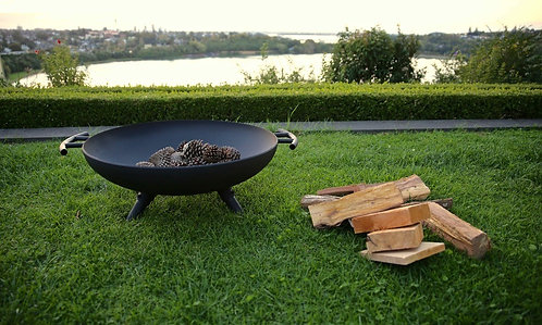 Grunty Fire Pit (include grill and cover)
