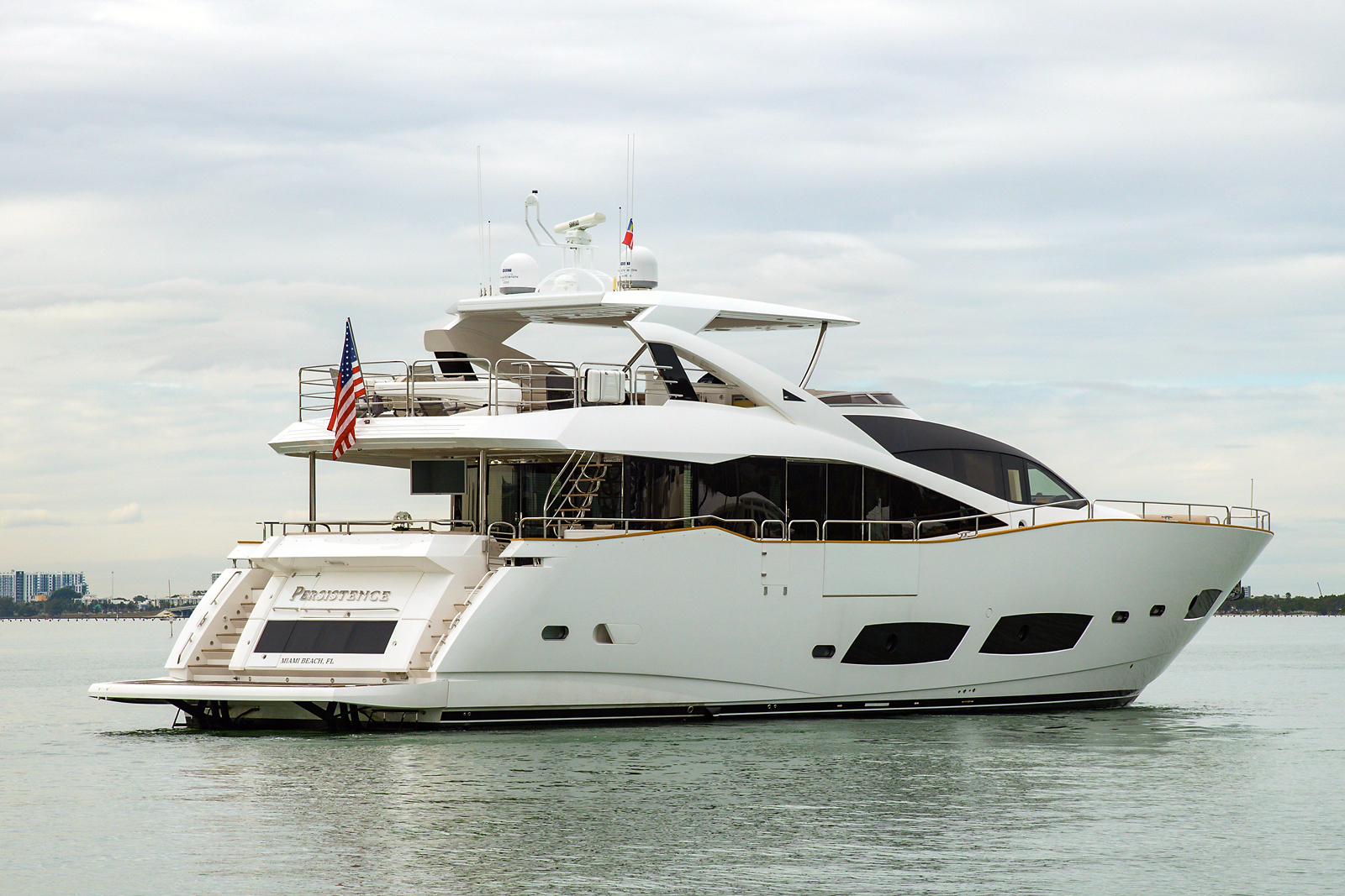 "2016 92' Sunseeker ""Hot Deal"""