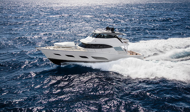 Riviera 72 Sports Motor Yacht Running 09
