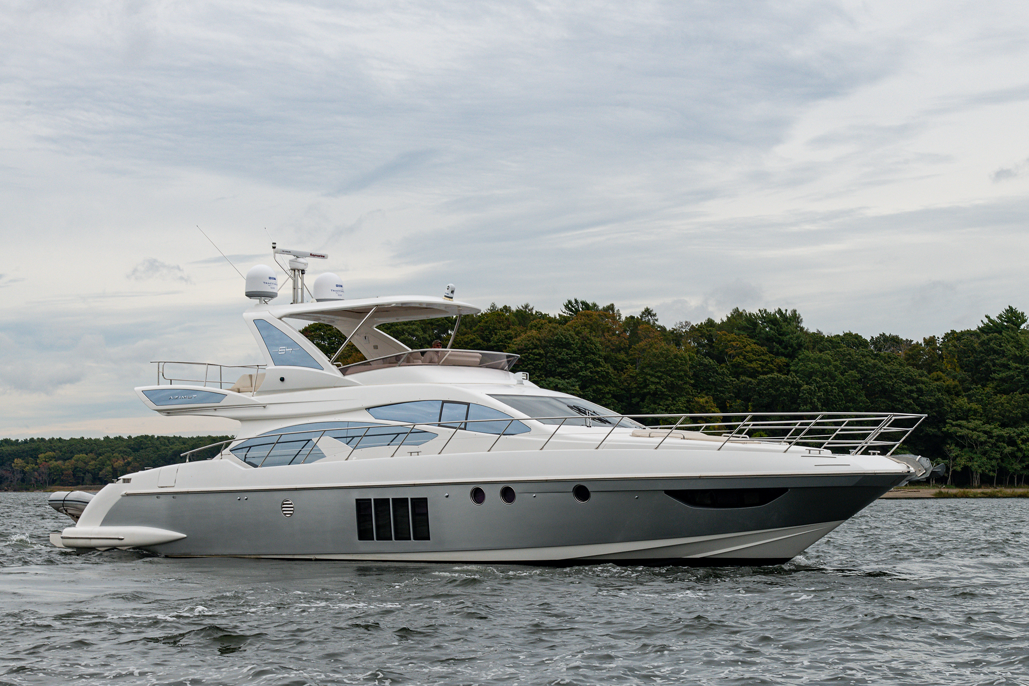 "2013 64' Azimut ""Star Light"""