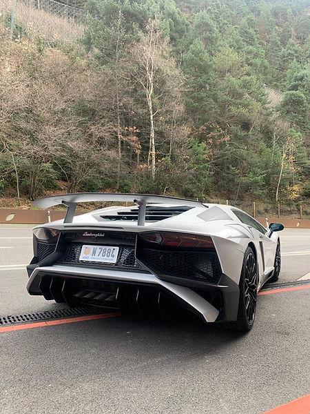 Lamborghini 750 SV.jpg