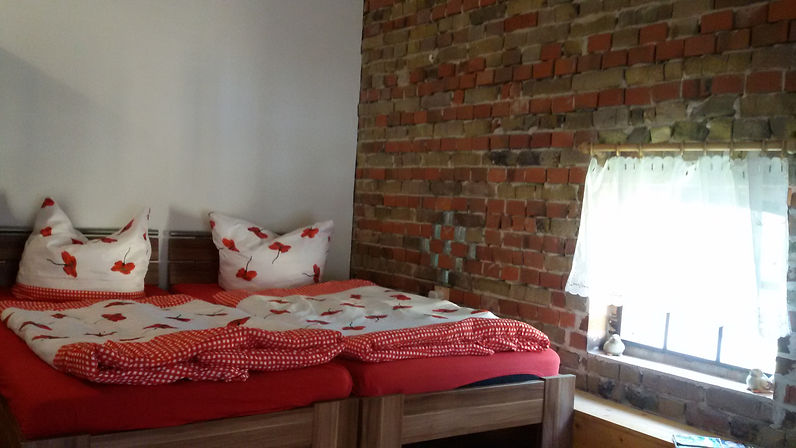 Taubenzimmer Betten.jpg