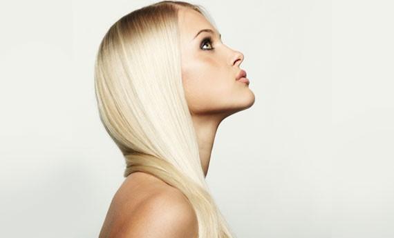 capelli-lisci-scenza-piastra-990x470-c