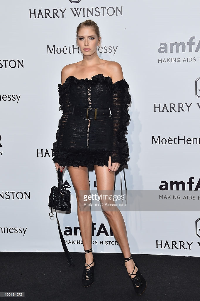 arrives at amfAR Milano 2015 at La Permanente on September 26, 2015 in Milan, Italy.