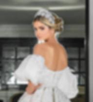 Thassia Naves.jpg