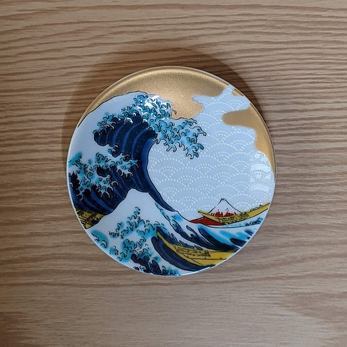 Ceramic soy sauce plate M. Fuji