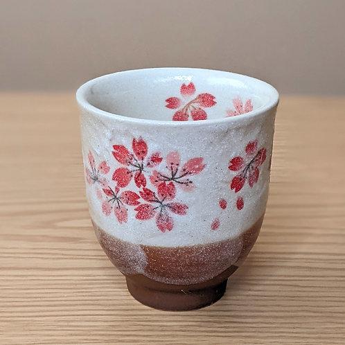 Tazza da tè con sakura
