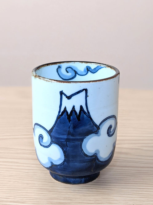 Ceramic tea cup M. Fuji blue