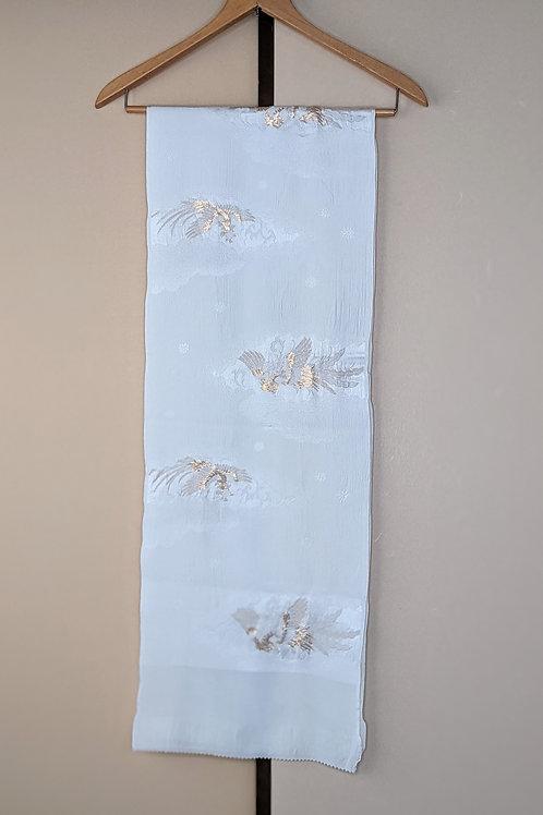 White kimono scarf with cranes