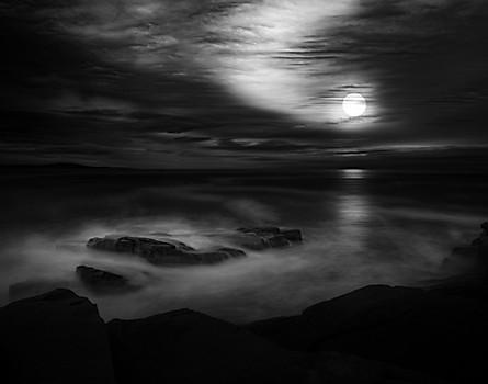 Moon and Mist I