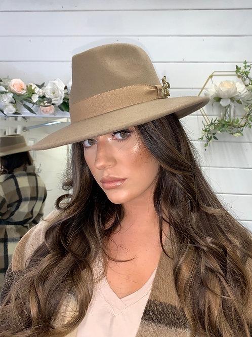 CAMEL BEE HAT