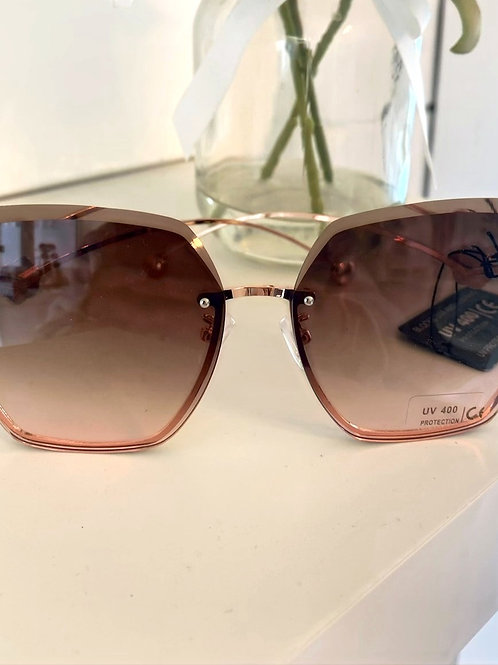 CC Glasses with rose tint