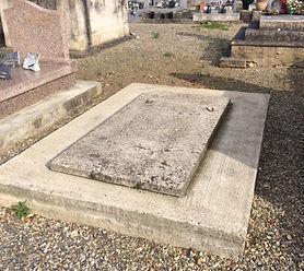 Rénovation tombe sans monument