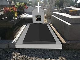 Rénovation de tombe endommagée