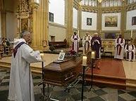 Mémorial autonome pour cérémonie église
