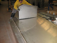 Pose stèle sur tombale essais usine