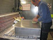 Préparation stèle avant peinture