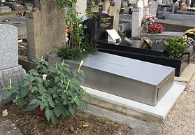 Rénovation d'une tombe familiale