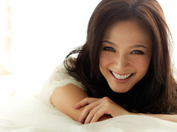 GraceHuang+Smile+2012a.jpg