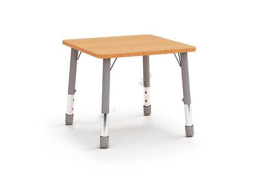 Kvadrātveida galds ar reg. met. kājām 67x67cm