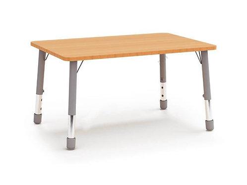 Taisnstūrveida galds ar reg. met. kājām 123x82cm