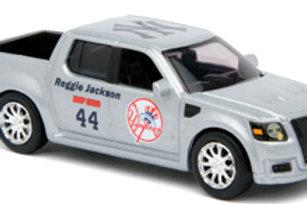 2007 New York Yankees Ford SVT Adrenaline w/ Reggie Jackson Card
