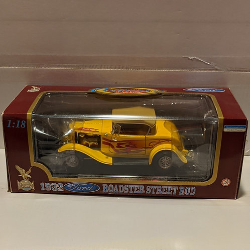 1932 Ford Roadster Street Rod (yellow)