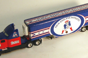 2006 New England Patriots ERTL Throwback Tractor Trailer