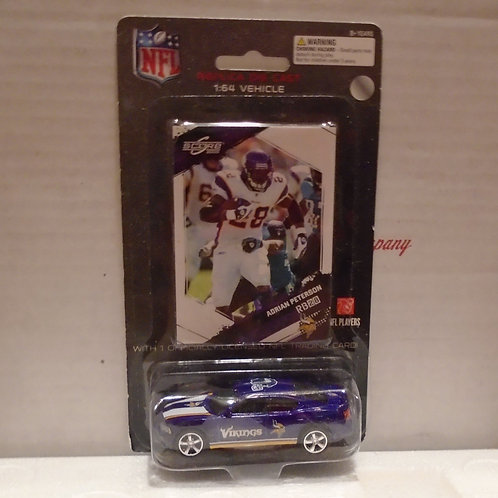 2009 Minnesota Vikings Dodge Charger w/Adrian Peterson Card