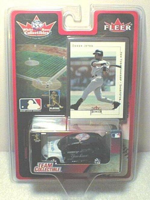 2001 New York Yankees Chrysler PT Cruiser w/ Derek Jeter Card