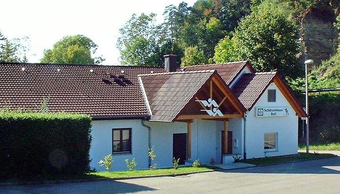 Schützenhaus_Front.jpg