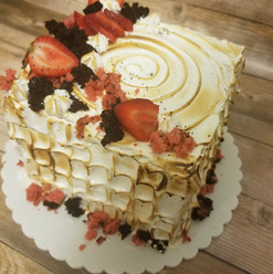 Lemon strawberry meringue