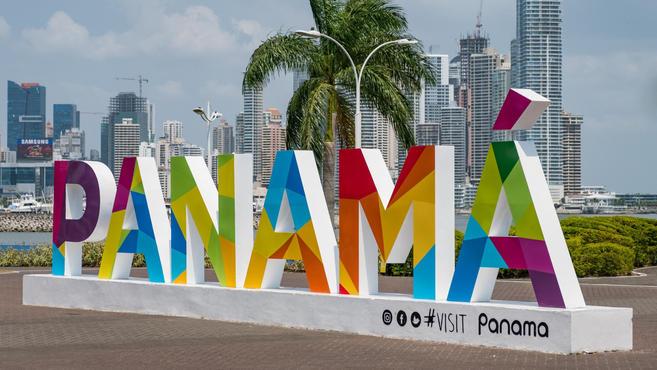 PANAMA%20sign_edited.jpg