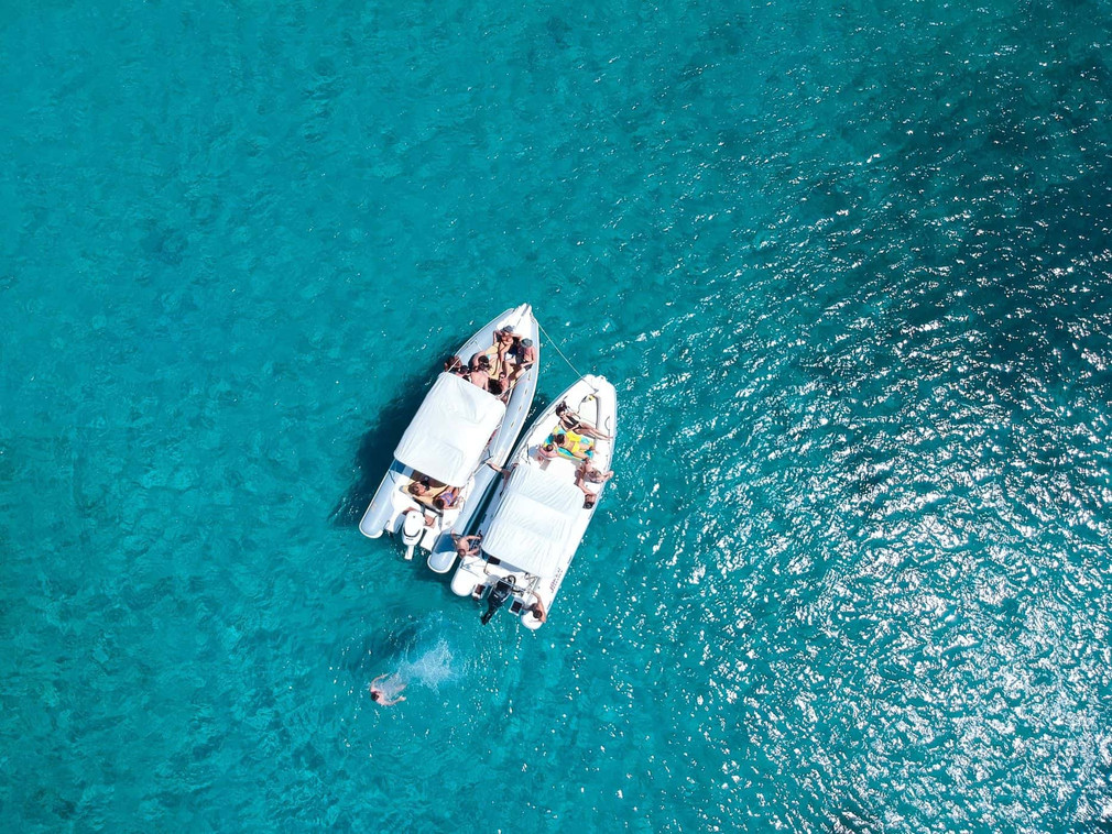 Location bateau semi-rigide et open