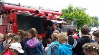 Экскурсия в пожарную часть, для ребят из пришкольного лагеря школы № 149