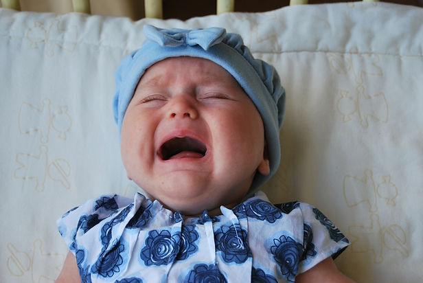 Free to Feed_5 Lies_ Colic_Baby Crying_F