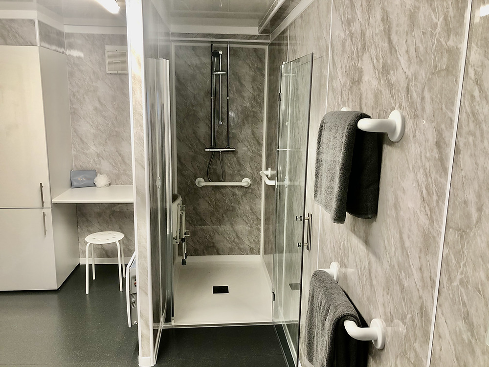 temporary bathroom shower cubicle