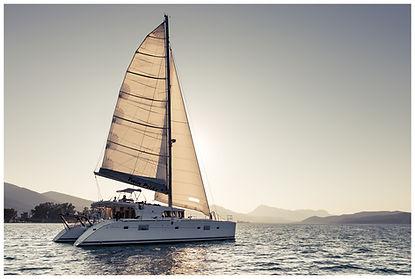 Segla med skeppare i Grekland.