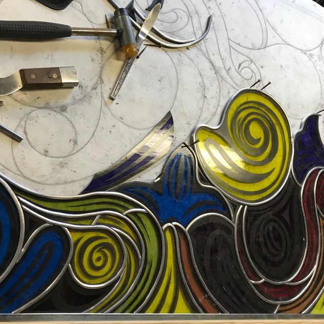 Glazing (lead-ing) of a stained glass window