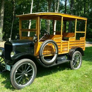 2-  Model T Ford 1.jpg