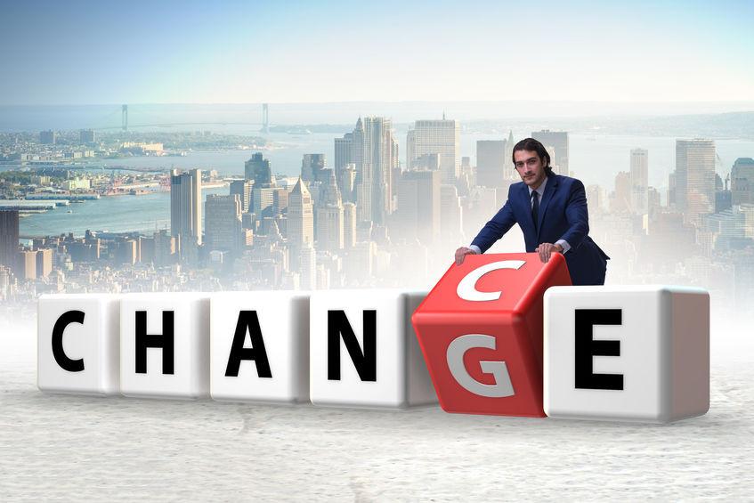 Kaum etwas ist gefürchteter als die Veränderung. Warum? Weil uns Gewohntes Sicherheit bietet. Auch Training kann als Change Management fungieren. Hier ist es ebenso wichtig zu wissen, dass es verschiedene Phasen gibt und Menschen unterschiedlich reagieren. Mehr dazu gibt's im Blogartikel.