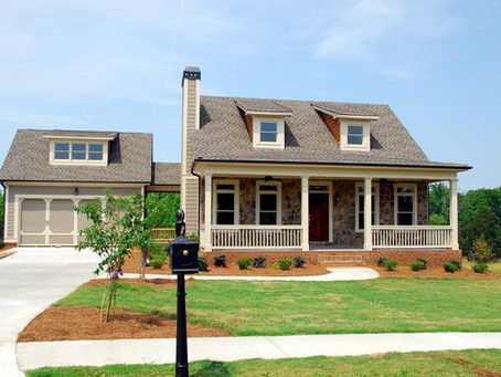 Selling Your Home?  Don't Skimp On These 5 Essential Projects