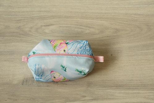 Rybková kosmetická taštička - vnitřní růžová