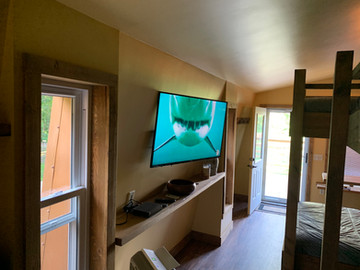 55 inch flatscreen HDTV