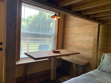 Table & bench seating