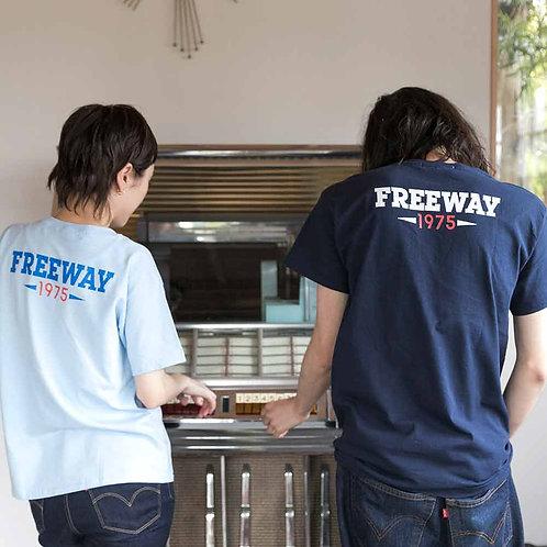 """""""FREEWAY1975""""バックプリントTシャツ"""