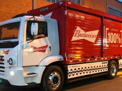 Caminhões elétricos irão entregar cerveja para a Ambev