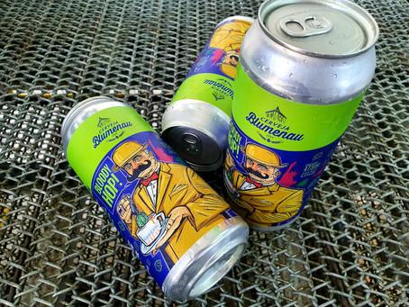 Cerveja Blumenau entra no mercado de latas com New England IPA e Wee Heavy colaborativa