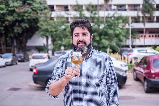 CARLO LAPOLLI PRESIDE A ABRACERVA, QUE BUSCA UNIR E FORTALECER AS MICROCERVEJARIAS (FOTO: BRUNO DUPON/DIVULGAÇÃO)