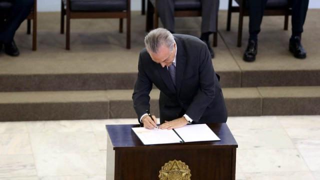 Presidente Michel Temer durante a assinatura do projeto Crescer sem Medo (Foto: Charles Damasceno)
